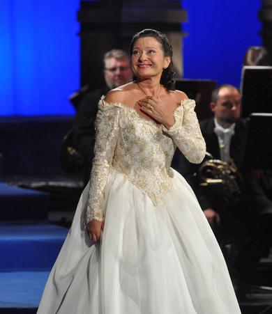 hunyadi lászló operaénekes
